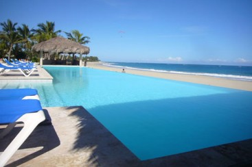 Luxury Beachfront Vacation Condo in Cabarete