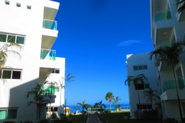 Brand new condos in fantastic oceanfront complex