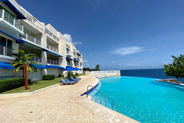 Fantastic 3 bedroom Oceanfront Apartment