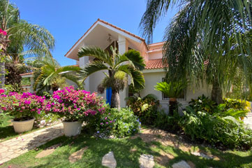 Large Estate Home for Sale in Sosua