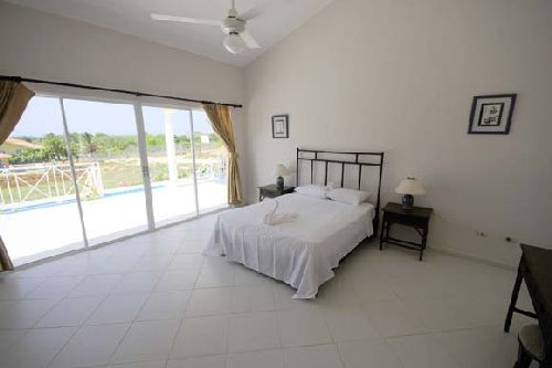 #9 Villa with 4 bedrooms for rent in Sosua