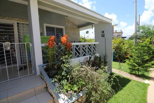 #1 Spacious 3 bedroom house in small community close to downtown Sosua