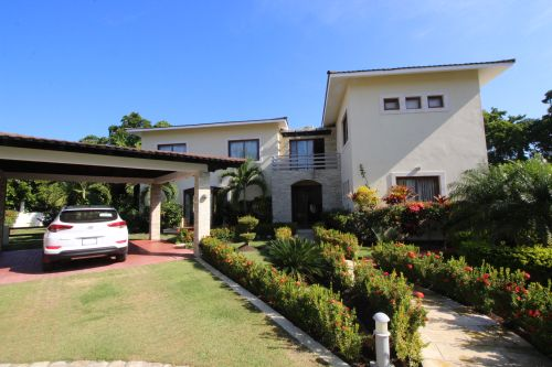 #0 New Villas with 3 and 4 bedrooms close to the beach - Sosua