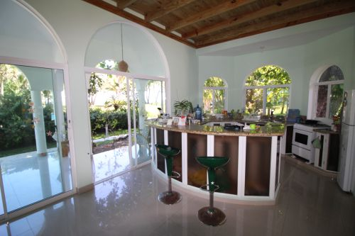 #3 Villa with 2 guest-houses and swimming-pool on a beautiful beach