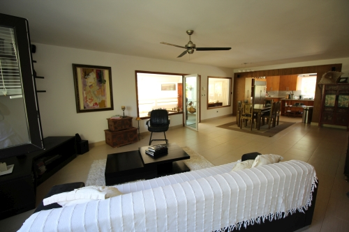 #7 Beachfront penthouse with three bedrooms inside gated community