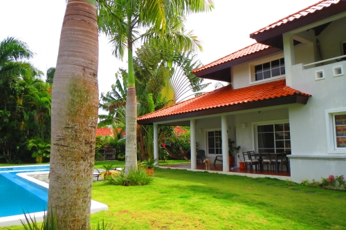 #1 Lovely villa located in a quiet gated community
