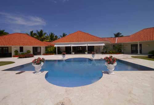 #9 Beautiful villa in a popular residential community
