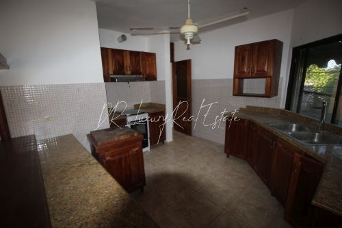 #12 Excellent investment opportunity to buy in downtown Sosua