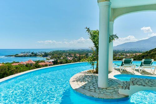 #1 Superb ocean view villa with excellent rental potential