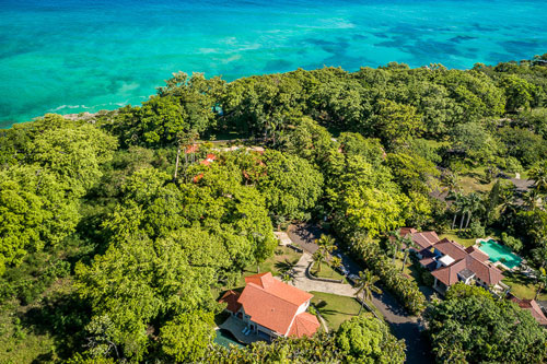 #0 Large family home just a short walk to the Beach