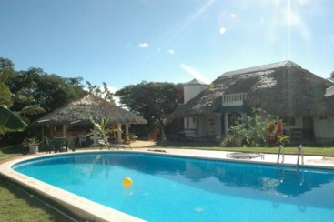 Villa with Guest-Rooms in Sosua