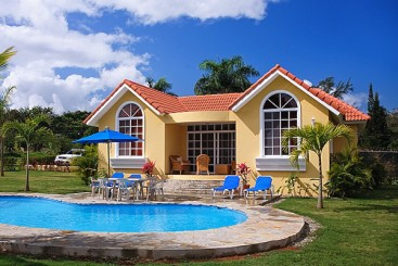 Villa with 2 bed+2 bath and pool