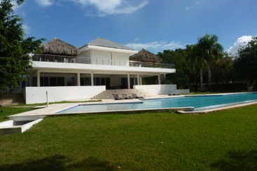 Exclusive modern beachfront villa for sale in Sosua