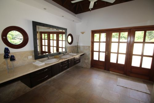 #1 Greatly reduced luxury villa situated in a perfect location