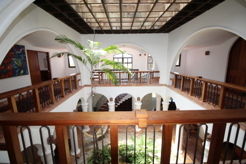 #1 Mansion with 6 Bedrooms and over 11000 sq ft living area Sosua