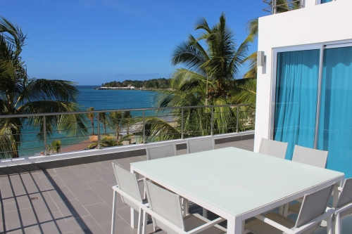 #2 Luxury Modern 3 Bedroom Beach Front Condo with Beach Access