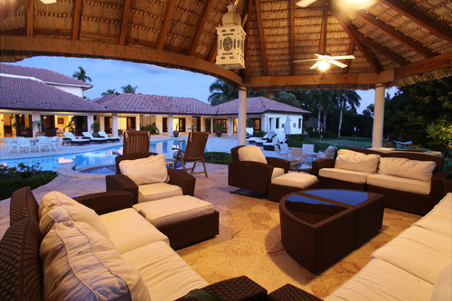 #8 Luxury mansion with magnificent tropical garden in Casa de Campo