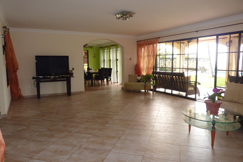 #8 Gorgeous Ocean Front 4 Bedroom Villa with Guest House - Sosua