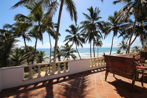 #8 DEAL OF THE MONTH -Beachfront Investment property with excellent resale or rental potential