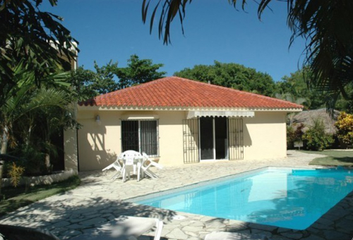 #7 Villa located in a gated community close to the beach