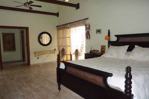 #5 Gorgeous Ocean Front 4 Bedroom Villa with Guest House in Sosua