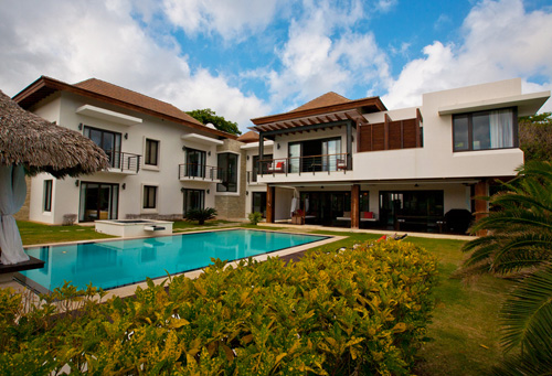 #8 Luxury Bali Style Villa in a prestigious beachfront community in Cabrera