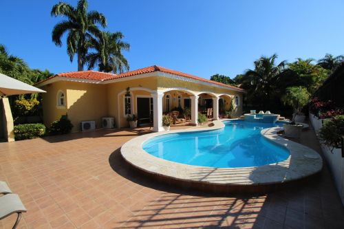 #8 New villa with 3 bedrooms in gated beachfront community