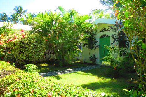 #4 Beachfront villa with separate guesthouse in gated community