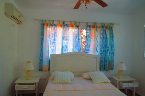 #0 Beachfront villa with separate guesthouse in gated community