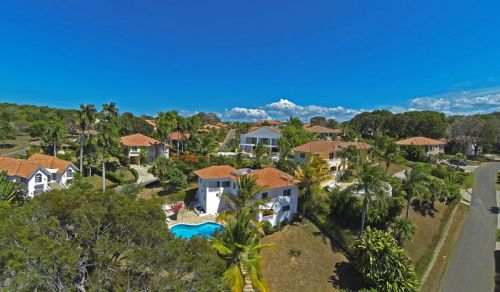 #7 Spacious villa with ocean view in gated community