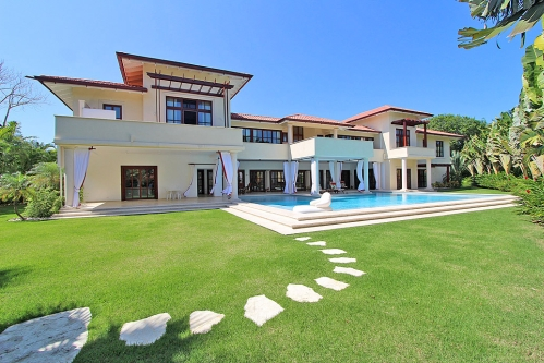 #0 Luxury mansion in a prestigious gated beachfront community