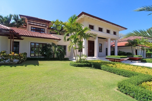 #2 Luxury mansion in a prestigious gated beachfront community