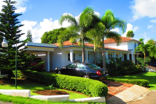 #2 Spacious family home in a gated community