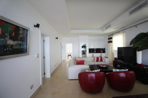 #3 Amazing 5 bedroom oceanfront penthouse in great location