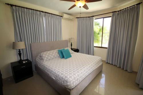 #1 Superb two storey villa with 6 bedrooms close to the beach
