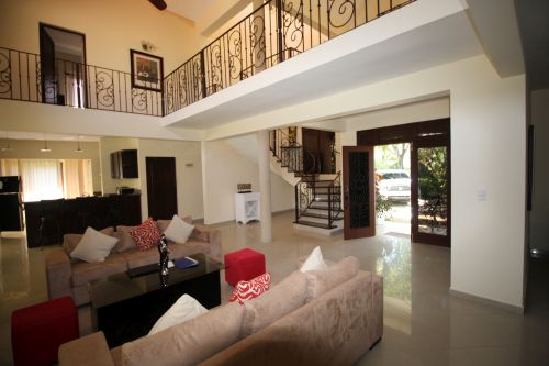 #5 Superb two storey villa with 6 bedrooms close to the beach