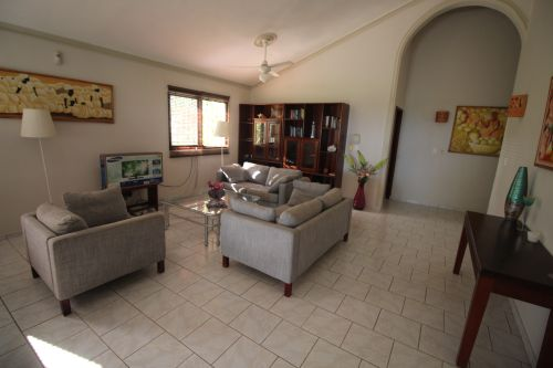 #4 Beachfront house in a gated community greatly reduced
