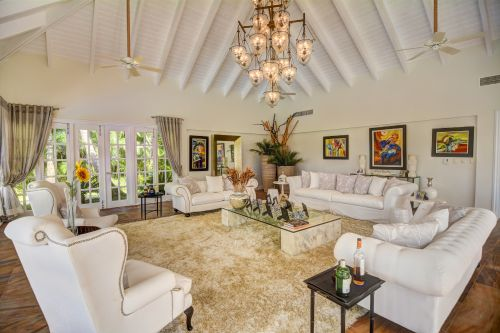 #6 Luxury Golf and Ocean View Villa in Superb Location-Punta Cana Realty