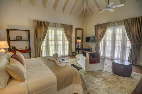 #8 Luxury Golf and Ocean View Villa in Superb Location-Punta Cana Realty