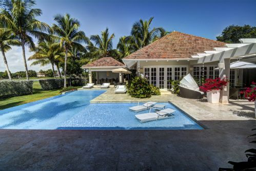 #1 Luxury Golf and Ocean View Villa in Superb Location-Punta Cana Realty