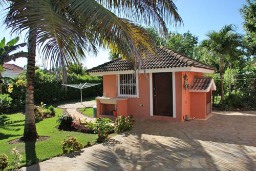 #4 Family Home with 3 Bedrooms and Guesthouse near Cabarete