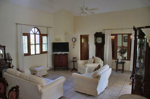 #7 Family Home with 3 Bedrooms and Guesthouse near Cabarete