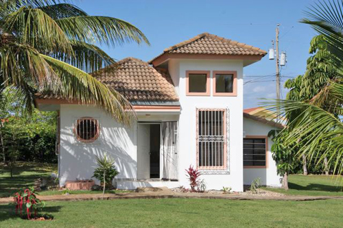 #3 Family Home with 3 Bedrooms and Guesthouse near Cabarete