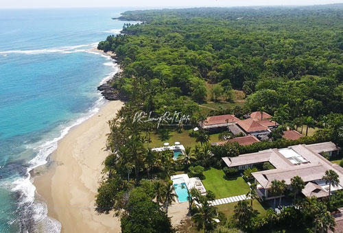 #18 Luxury Beachfront Villa with great rental income