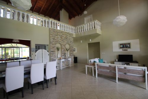 #6 Beautifully designed beachfront villa with 5 bedrooms and Guesthouse