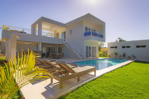 #1 Built to Order - Modern Villas in gated community with full services