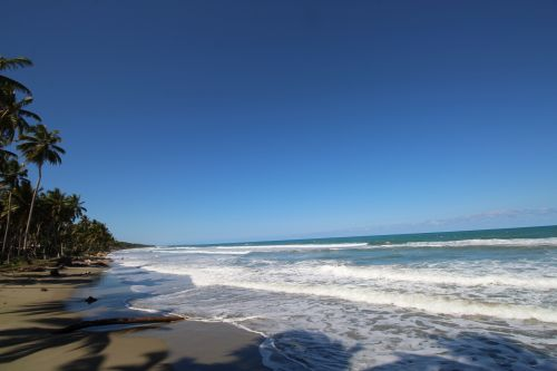 #2 Excellent beachfront lot in unspoilt location