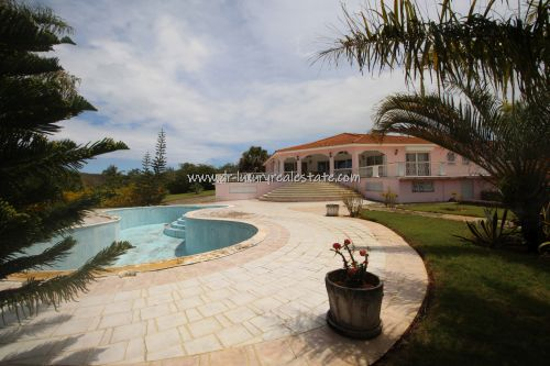 #1 Large villa with ocean view in select community