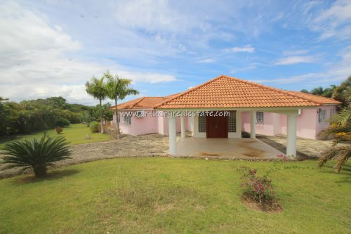 #2 Large villa with ocean view in select community