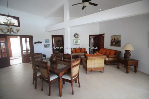 #7 Large villa with ocean view in select community